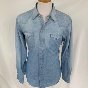 Polo by Ralph Lauren Denim Fade Shirt. Large.